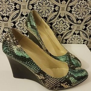 Gently Used MaxStudio Snake Print Wedges